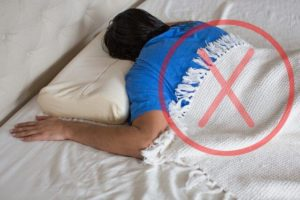 posizione prona dormire